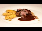 Únorové Gourmet Menu 18. 2. 2017 na hotelu Kraví Hora, snoubení vína a pokrmů