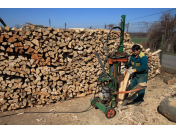 Prodej krbového dřeva, dřevo do krbu, velkoobchod s krbovým dřívím