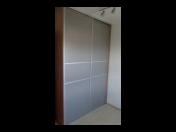Moderni vestavěné skříně na míru, zakázková výroba, nábytek