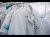 Žehlení prádla – vyžehlení košil, oděvů za super ceny
