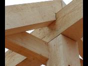 Tesařské konstrukce, krovy, pergoly, přístřešky, zahradní domky, ploty