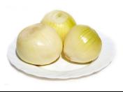 Zelenina pro gastro zařízení - loupaná, čištěná mrkev, cibule, petržel, červená řepa