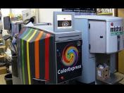 Míchání interierových i fasádních barev na počkání - tónovací centrum