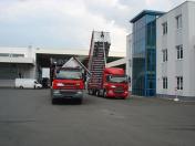 Doprava nejen sypkých materiálů nákladním i valníkovým návěsem