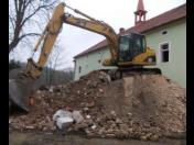 Demolice domů, staveb, budov, demoliční, bourací, zemní práce