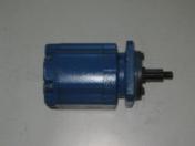 Opravy přímočarých hydromotorů, pístnic na stavební i zemědělské stroje