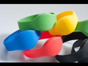 Kontaktlose RFID Chiparmbänder für Aquaparks, Kurbäder und Wellness Zentren Tschechien