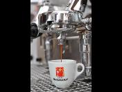 Kavárna v příjemném prostředí s kvalitní italskou kávou