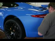 Fólie na karoserie jako ochrana laku - celkový, částečný polep vozidla folií