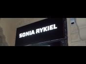 Světelná reklama Praha - světelné boxy, neony, LED moduly, světelné stojany, totemy