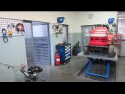 Certifikovaný servis zahradních strojů před začátkem sezóny, jara - opravy traktorů, sekaček, křovinořezů