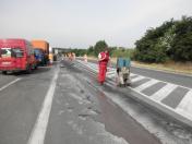 Řezání vozovek Praha – řezání betonových a asfaltových povrchů do hloubky 17 cm