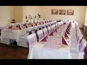 Pronájem salónku pro pořádání oslav a akci s cateringem