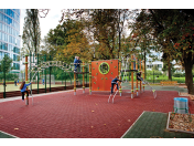 Upravené parky a dětská hřiště pro volný čas a relaxaci - BB Centrum Praha 4