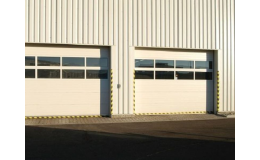 Sekční průmyslová vrata do hal a skladů