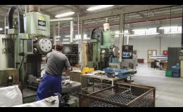 Obrábění kovů, soustružení kovů a frézování kovů