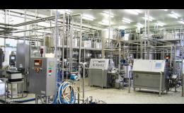 Výrobní linky pro potravinářský průmysl a mlékárenské provozy