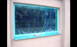 Ochranné samolepicí fólie a pásky - ochrana proti poškození a zašpinění