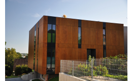 Fasádní dřevěné obklady SILBONIT, PARKLEX, KRONOART