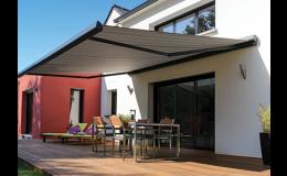 Markýzy výsuvné podtrhují architektonický vzhled domu