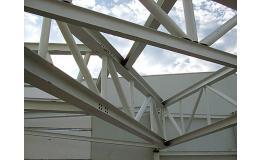 METALLURGICAL & STEEL SERVICE s.r.o., výroba ocelových konstrukcí pro průmyslové provozy