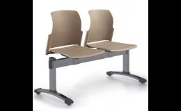 Židle a lavice nejen do čekáren