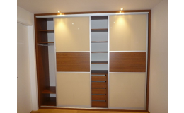 Skříně a nábytek na míru - truhlářská výroba