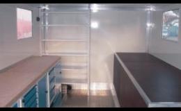 Speciální skříňové nástavby v provedení jako mobilní dílny dle požadavku uživatele