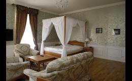 Luxusní ubytování v knížecím apartmá pro 2 osoby - Lednice