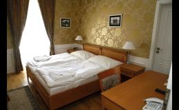 Romantický pokoj pro 2 osoby - Zámecký hotel Lednice
