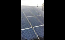 Technologie PURAQLEEN pro mytí solárních panelů