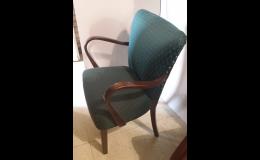 Renovovaný stylový sedací nábytek