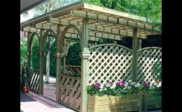Nátěr pergoly přípravky BOCHEMIT  - preventivní ochrana dřeva a zároveň dekorativní a krycí nátěr
