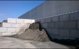 Stavebnicový systém betonových kostek