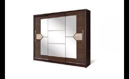 Moderní třídveřové skříně do ložnice za super cenu Znojmo