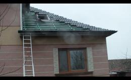 Kompletní pokrývačské práce – pokládka střešních krytin, hydroizolace, zateplení střech