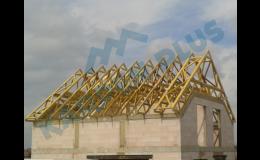Výroba dřevěných příhradových vazníků a nosných střešních konstrukcí na klíč pro rodinné domy Brno