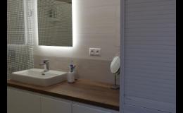 Koupelnový nábytek na míru vyrobený v truhlářské dílně