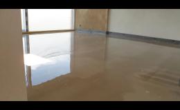 Jiří Piňos Plzeň, litá betonová podlaha do obytných budov