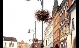 Stožáry pro osvětlení náměstí