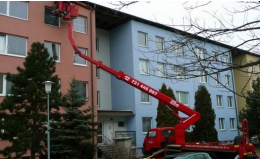 Pronájem pracovních plošin a autojeřábů Brno