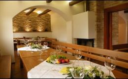 Vinný sklep s kapacitou 60 osob - pořádání oslav, akcí