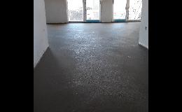 Rychle zhotovené betonové podlahy, strojně hlazené