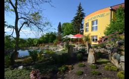 Hotel s bazénom s minerálnou vodou - regeneračné, wellnes pobyty