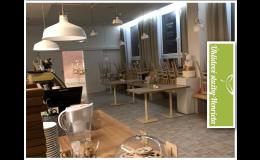 Profesionální pravidelný úklid firem, úklid kavárny