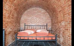 Ubytování pro dva v apartmánu v podobě vinného sklípku Jižní Morava