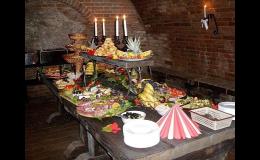 Vinný sklep a vinárna s pohoštěním a posezením