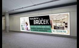 Prezentační systémy, podlahová grafika, bannery, reklamní tabule - zakázková výroba