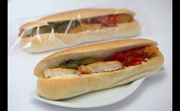 Lahůdky studené kuchyně Znojmo - obložené bagety s kuřecím řízkem, sýrová