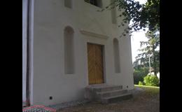 Vnější i vnitřní opravy historických objektů